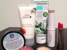 Thumbnail image for Nontoxic Beauty Products and Why You Should Care (Guest Post)